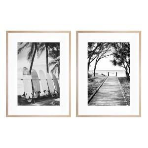 Standing Tall | Broadbeach Boardwalk